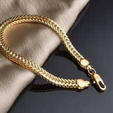 Ювелирные украшения как подарок для мужчины