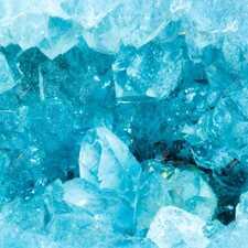 Аквамарин: особенности камня и использование в украшениях