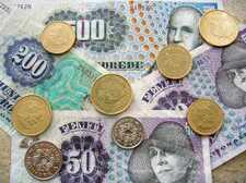 Подборка интересных монет из разных стран мира