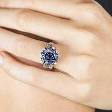 Голубые бриллианты: характеристики и особенности