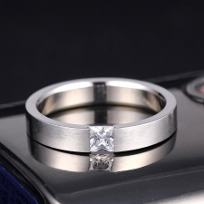 Мужские кольца с бриллиантами