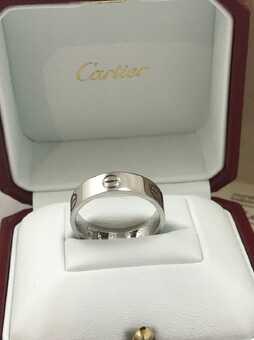 Каблучка Cartier Love